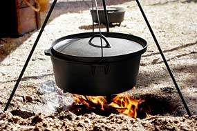 camp-cooking-dutch-oven